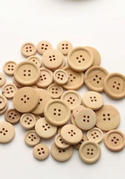 5 Wooden Buttons, Natural